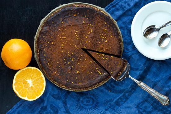 Appelsiinisuklaakakku