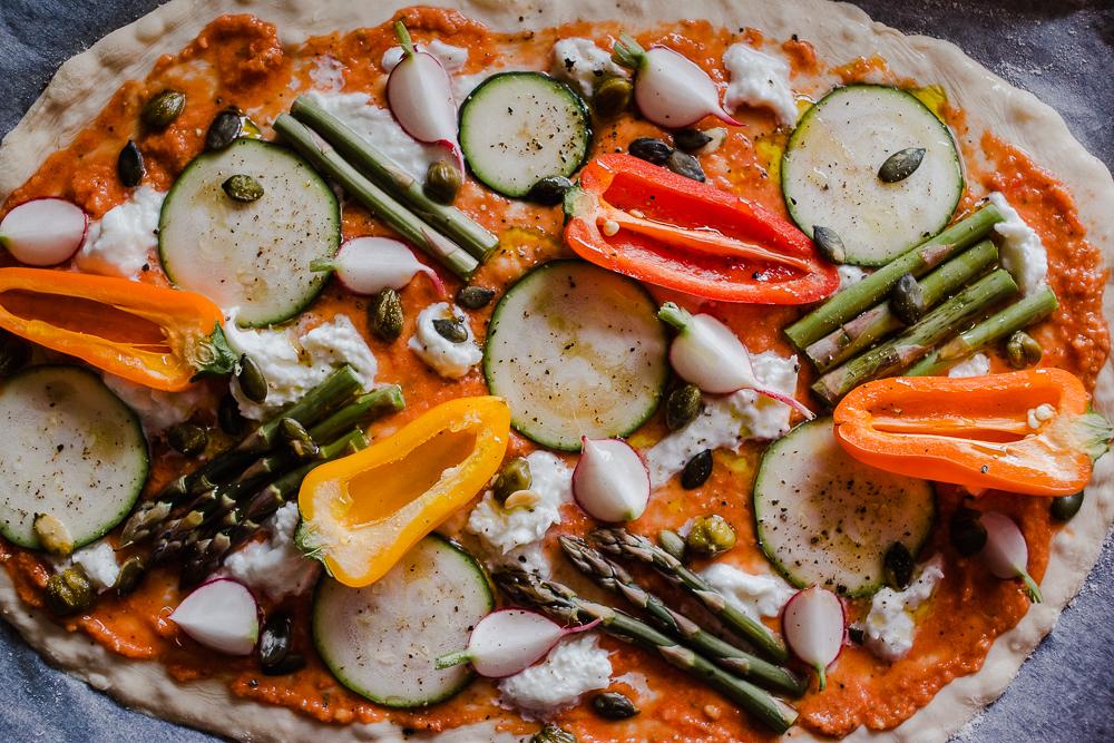 kesäinen vegepizza