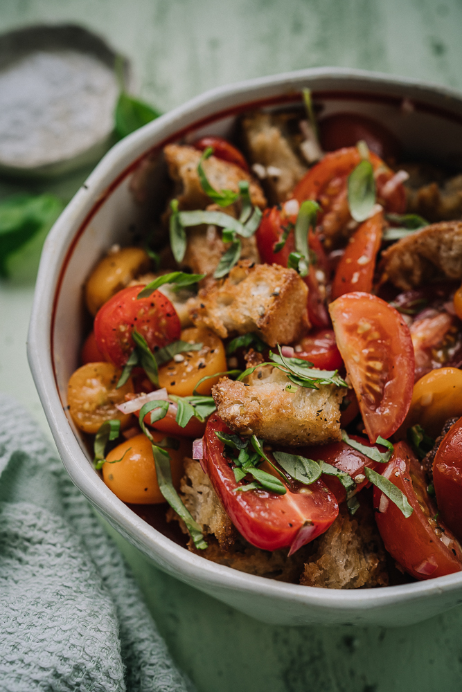 tomaattipanzanella