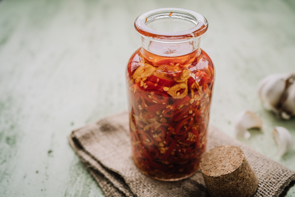 chili-valkosipuliöljy