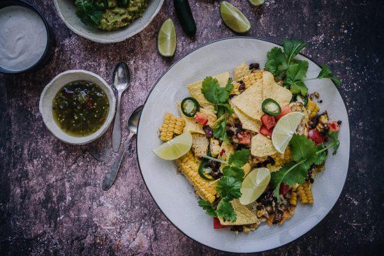 Kukkakaalinachot – nachopelti kaikilla herkuilla