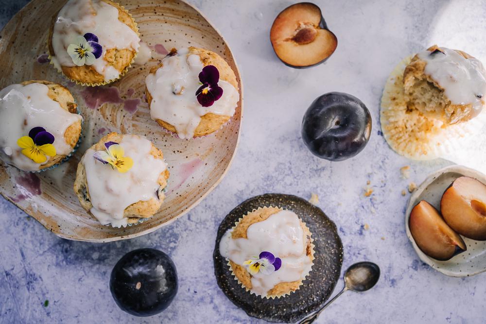 Nyt kerätään kesän satoa: täytetyt kesäkurpitsat, luumumuffinit ja sieni-purjopiirakka