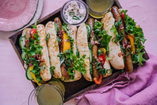 Elokuussa popsitaan paprikaa ja syödään Salsicciasämpylöitä pekonimajoneesilla!